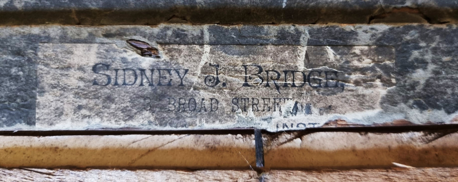 Antique Frame Label