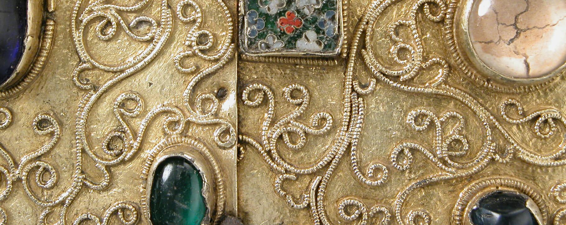Metal Jewel Detail