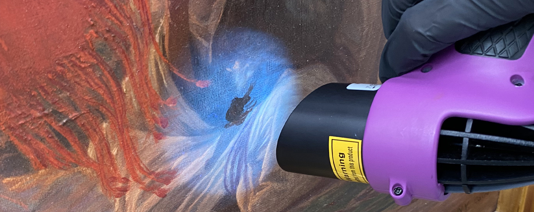 UV torch overpainting